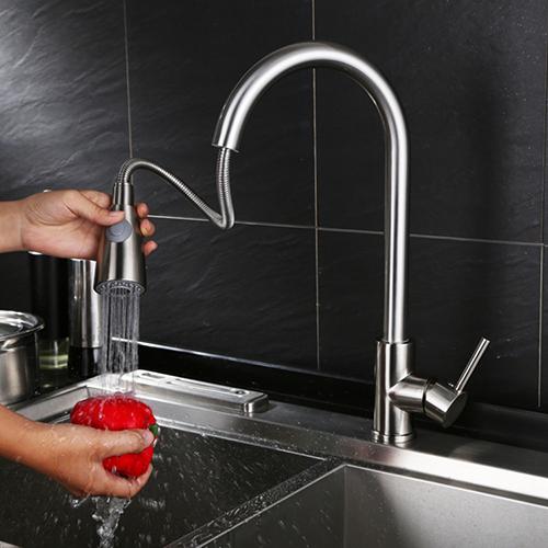 Design cucina lavello miscelatore rubinetto doccetta - Rubinetto estraibile bagno ...