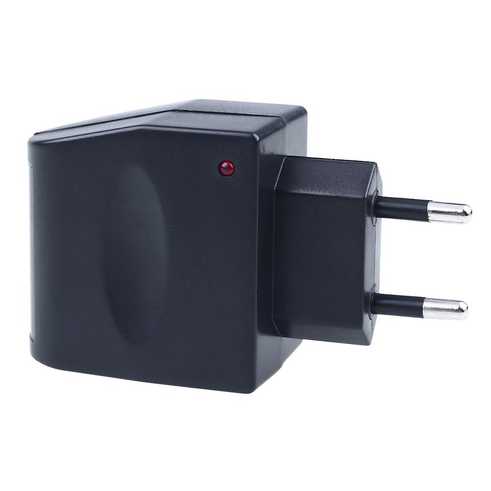 220V-to-12V-6W-Car-Auto-Cigarette-Lighter-Power-Converter-Switch-EU-Plug-03E2